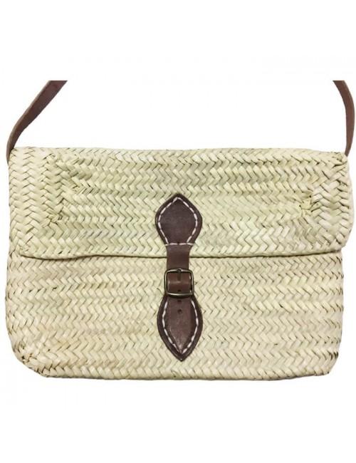 Bolso rectangular mediano con solapa